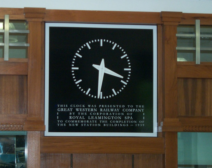 L Spa booking hall clock
